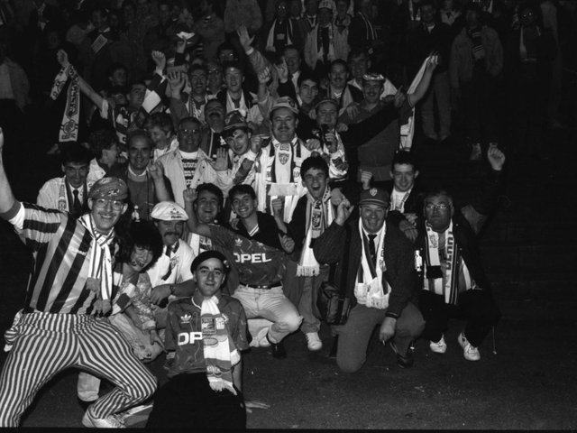 A group of Derry City fans pictured in the Munnikenhuize Stadium before the start of the Uefa Cup first round, second leg tie.
