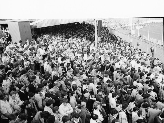 Derry City supporters packed the Brandywell ahead of their first game in the League of Ireland in 1985.