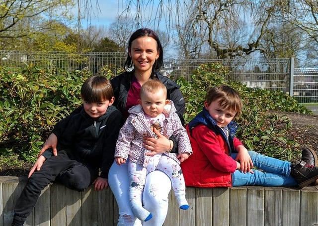 Sandra and her children Joseph, Maria-Sophia and John visited Brooke Park recently. DER2113GS – 006