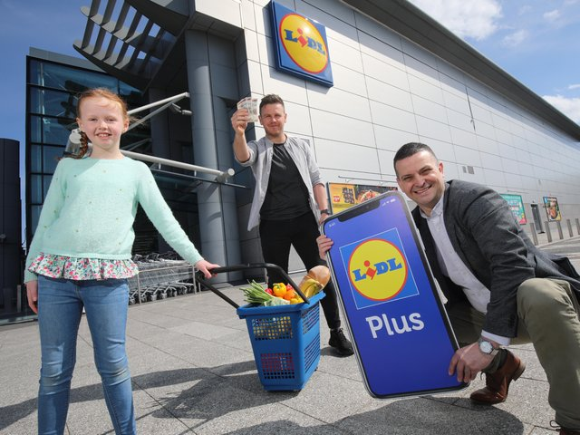 The McGovern Family Celebrates Extra Savings with Launch of Lidl Plus Rewards App (1)