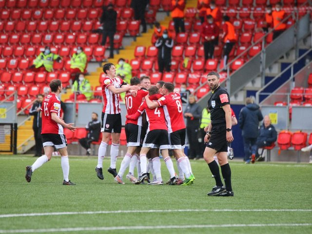 Derry City celebrate James Akintunde's opening strike in the derby. Photograph by Kevin Moore.