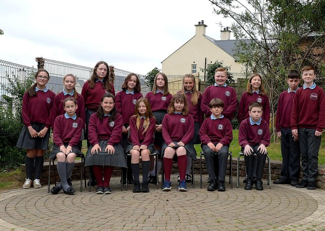 Mr B. McLaughlin's P7 class at Culmore Primary School, Derry.  DER2123GS – 033
