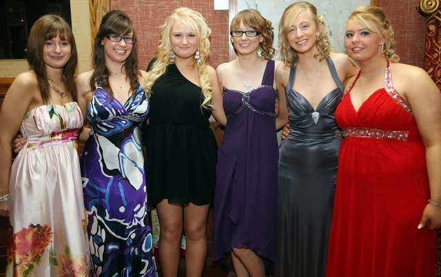 Pictured at the Royal & Prior College Raphoe Prom, held in the An Grianan Hotel, from left, Louise Connolly, Karen Moore, Megan Clarke, Katie Moore, Louise Hegarty and Aisling McKnight. (2101GM13)