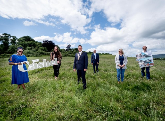 Mayor of Derry City and Strabane District Council Alderman Graham Warke has welcomed a £450m development recently announced by housebuilder Braidwater at the H2 lands in Derry-Londonderry near Buncrana Road. Pictured with Mayor  Warke during a site visit are from left, Cllr Lilian Seenoi-Barr, Cllr Rachael Ferguson, Patrick McGinnis (Chief Executive Officer, Braidwater), Cllr Sandra Duffy and Joe McGinnis, (Managing Director, Braidwater)