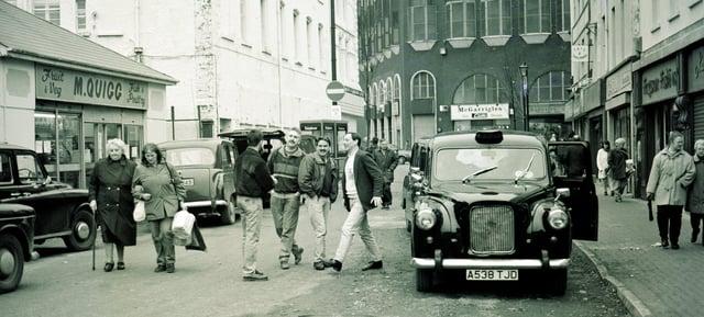 Black taxi to Creggan?.... William Street.