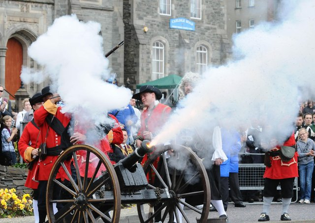 A Siege re-enactment during an Apprentice Boys Relief of Derry commemoration in 2010. The Corporation minutes from the months immediately after the raising of the blockade show the defenders of Derry were very poorly treated in its aftermath.